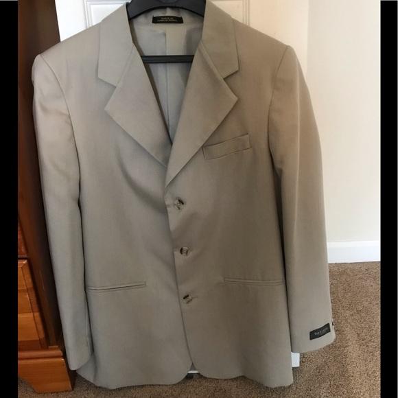 Van Heusen Other - NEW Boys Van Heusen Suit size 20